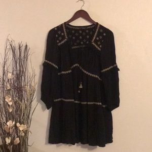 American Eagle Outfitters embroidered black tunic